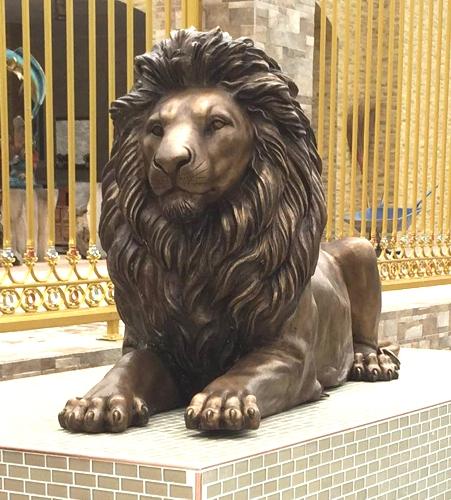 Bronze Lion Statues - DD A-228