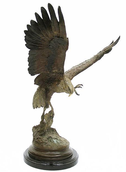 Bronze Attacking Falcon Statue - DK 2124