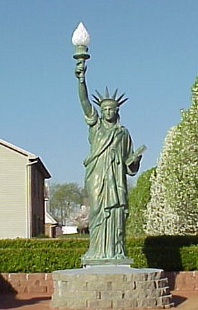 Bronze Statue of Liberty - DD E-321