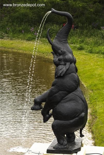 Bronze Elephant Statue - V-049